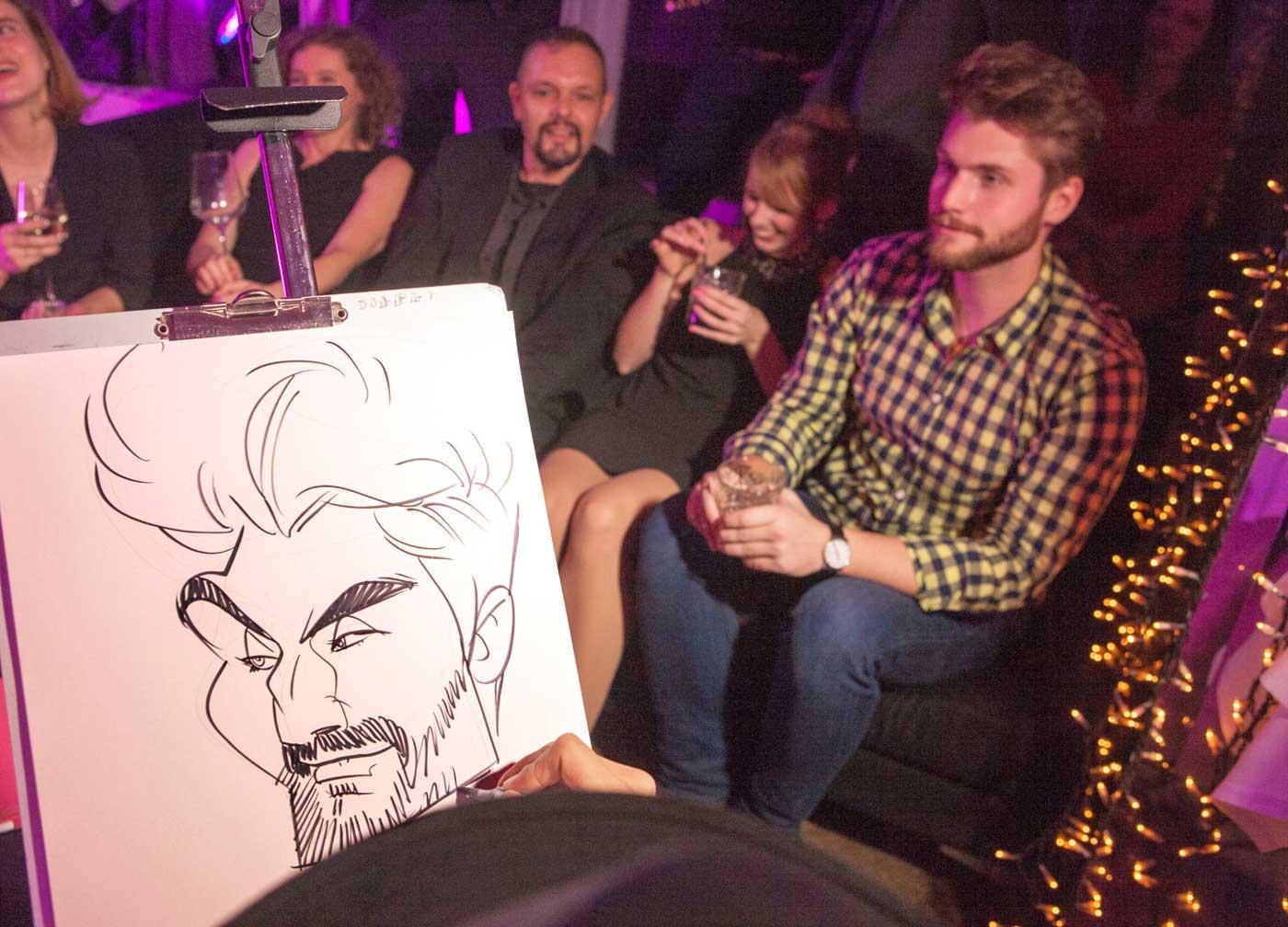 Karikaturist und Schnellzeichner für Firmenveranstaltung in Graz