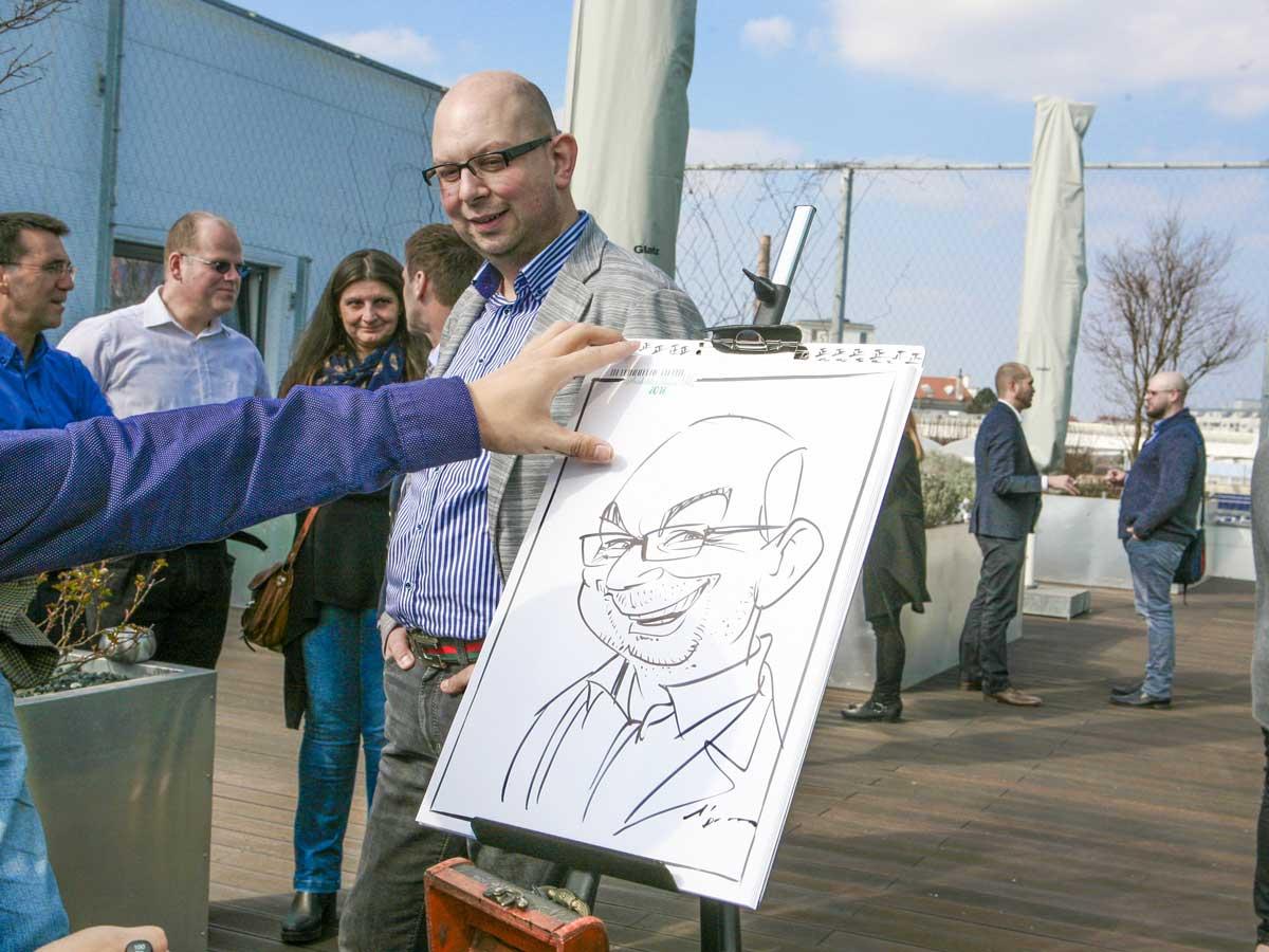 Karikaturist und Schnellzeichner für Sommerfest in Innsbruck