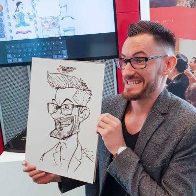 xi-ding-karikaturist-schnellzeichner-105